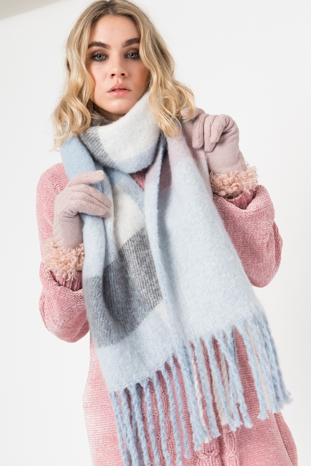 Pia Rossini CONNOLLY SCARF - Front Full Image