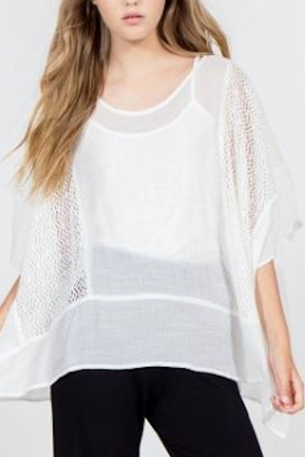 Monoreno Contrast Crochet Poncho - Front Cropped Image