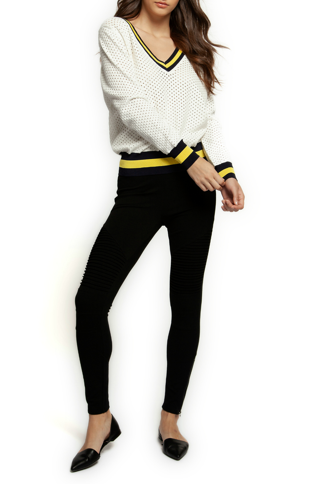 Dex Contrast Rib V Neck Sweater - Front Cropped Image