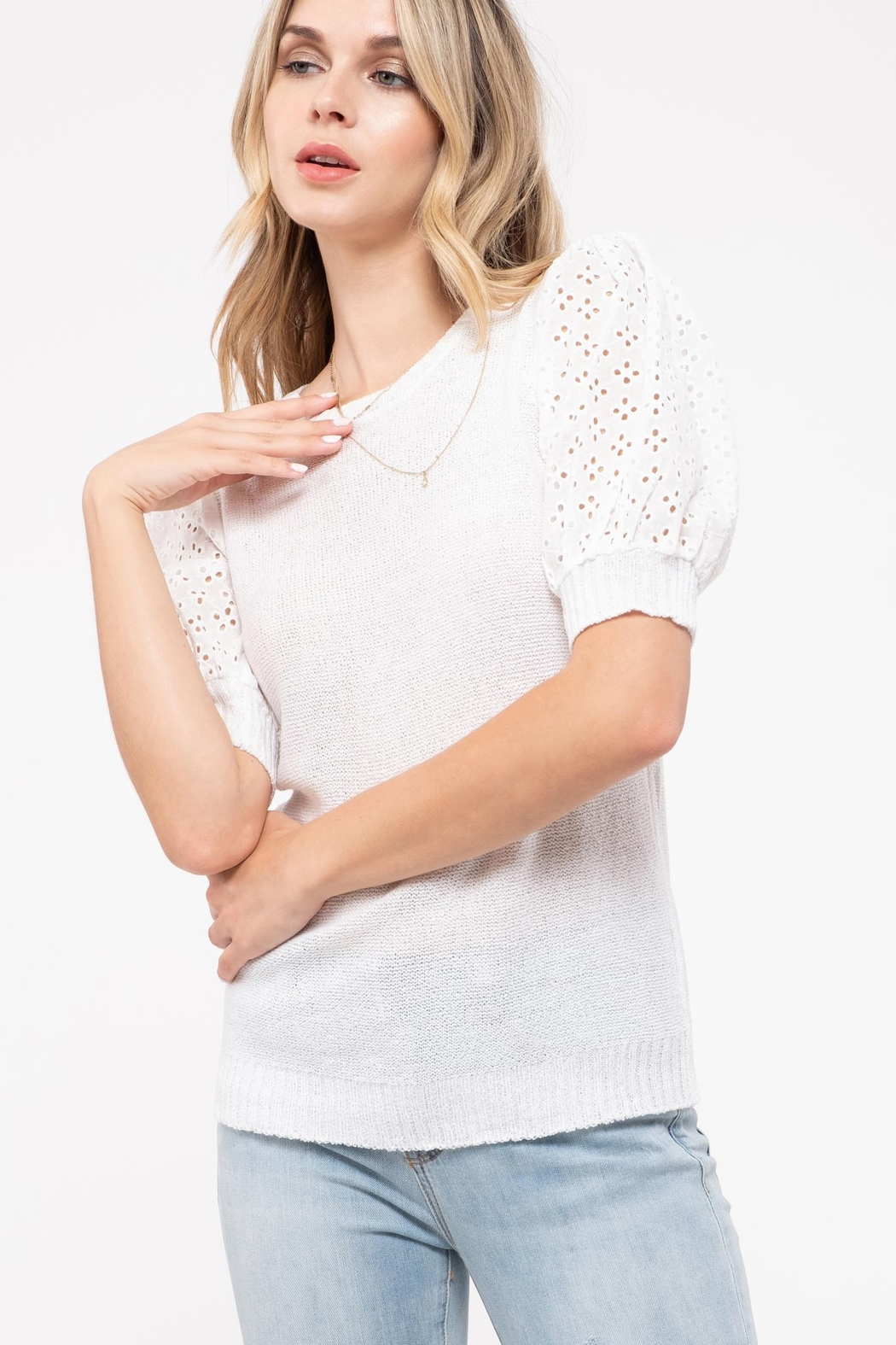 blu Pepper  Contrast Sleeve Sweater Top - Side Cropped Image