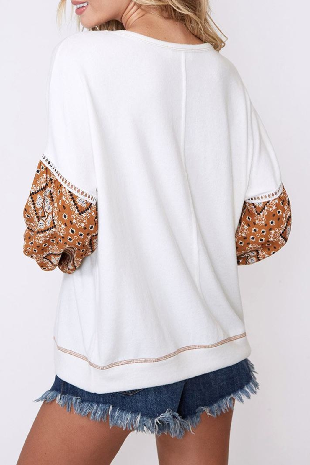 Peach Love California Contrast Sleeve Top - Back Cropped Image