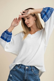 KORI AMERICA Contrast Sleeve Waffle-Knit - Front cropped