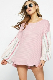 Best & Best Contrast Sleeve Waffle-Knit - Product Mini Image