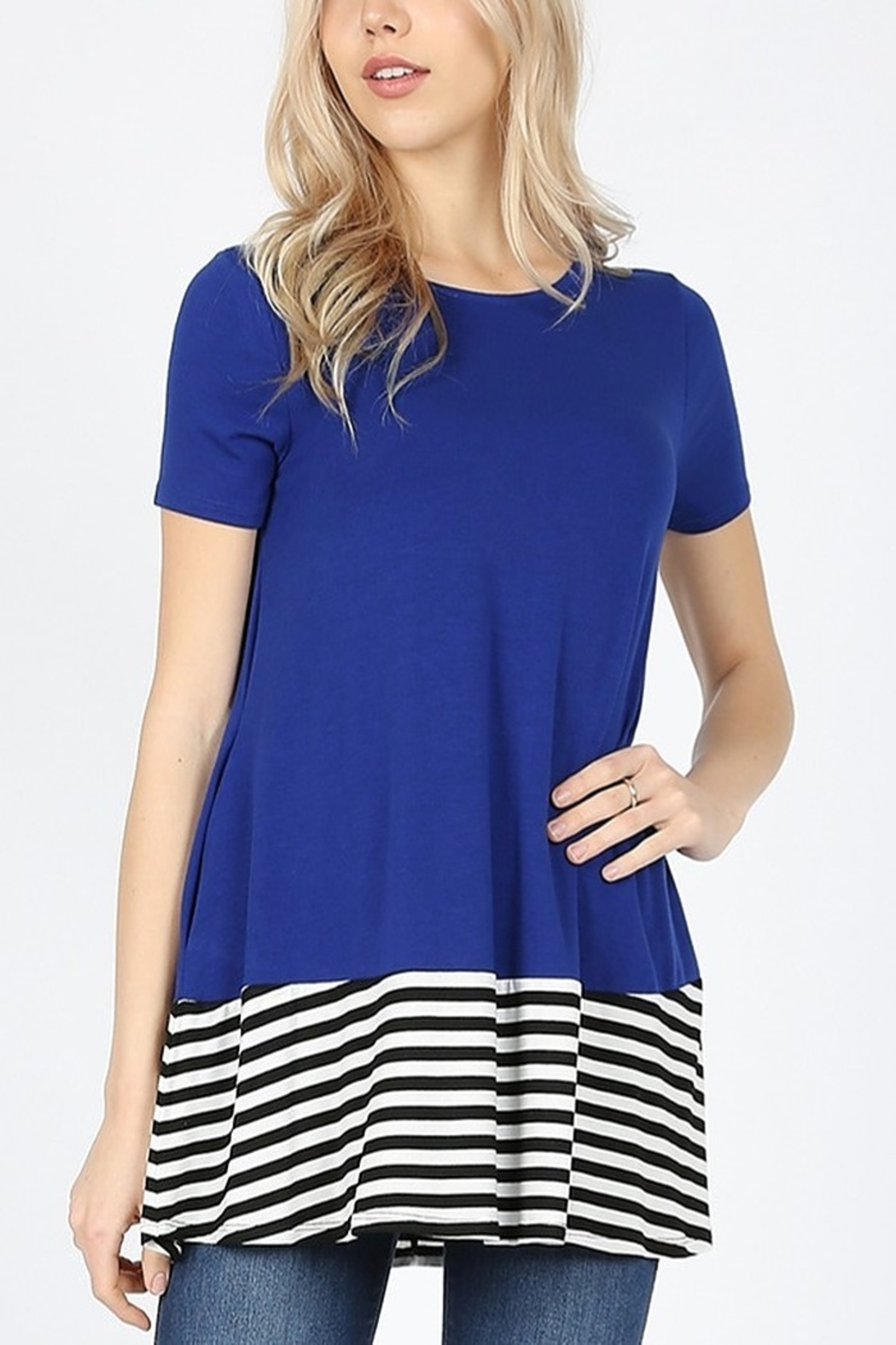 Lyn-Maree's  Contrast Stripe Bottom Tee - Front Cropped Image