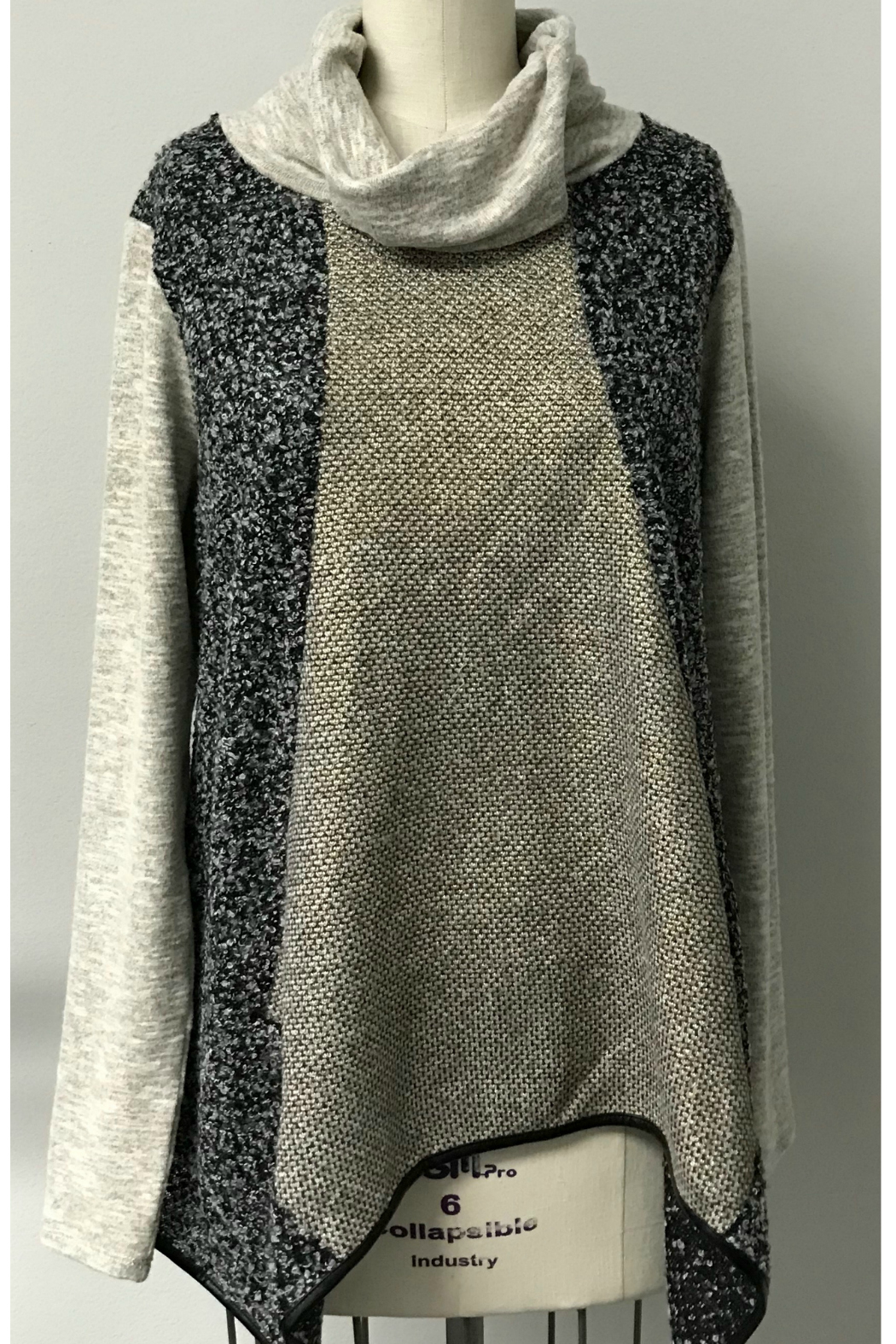 THML  Contrasting fabric top - Main Image