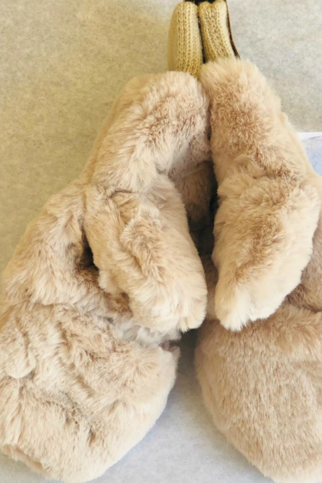 Bedford Basket Convertible Fingerless Mittens - Front Cropped Image