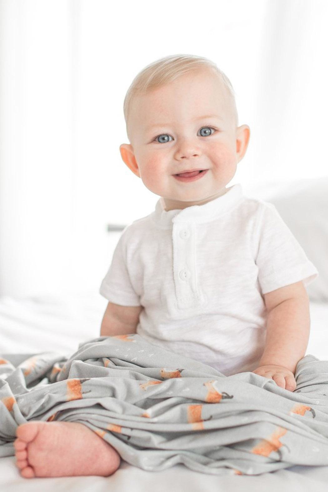 Copper Pearl Swift Swaddle Blanket - Side Cropped Image
