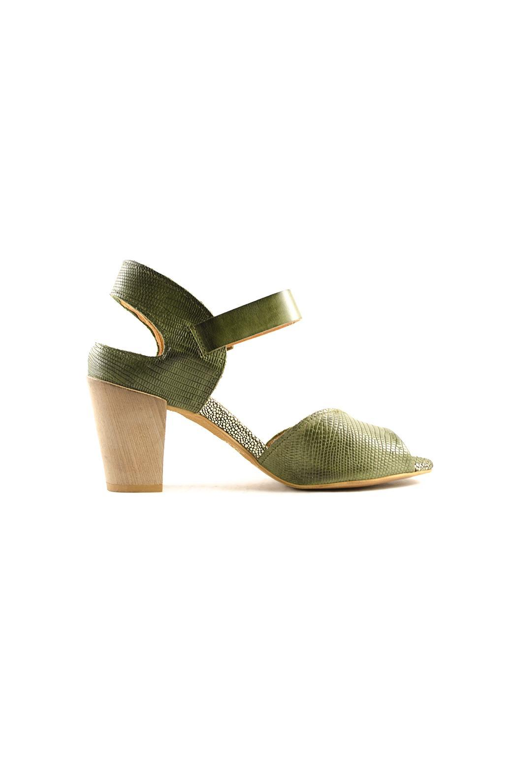 Coque Terra 801 - Sandal - Side Cropped Image
