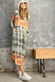 Easel  Coral Tie Dye Midi Dress - Front cropped