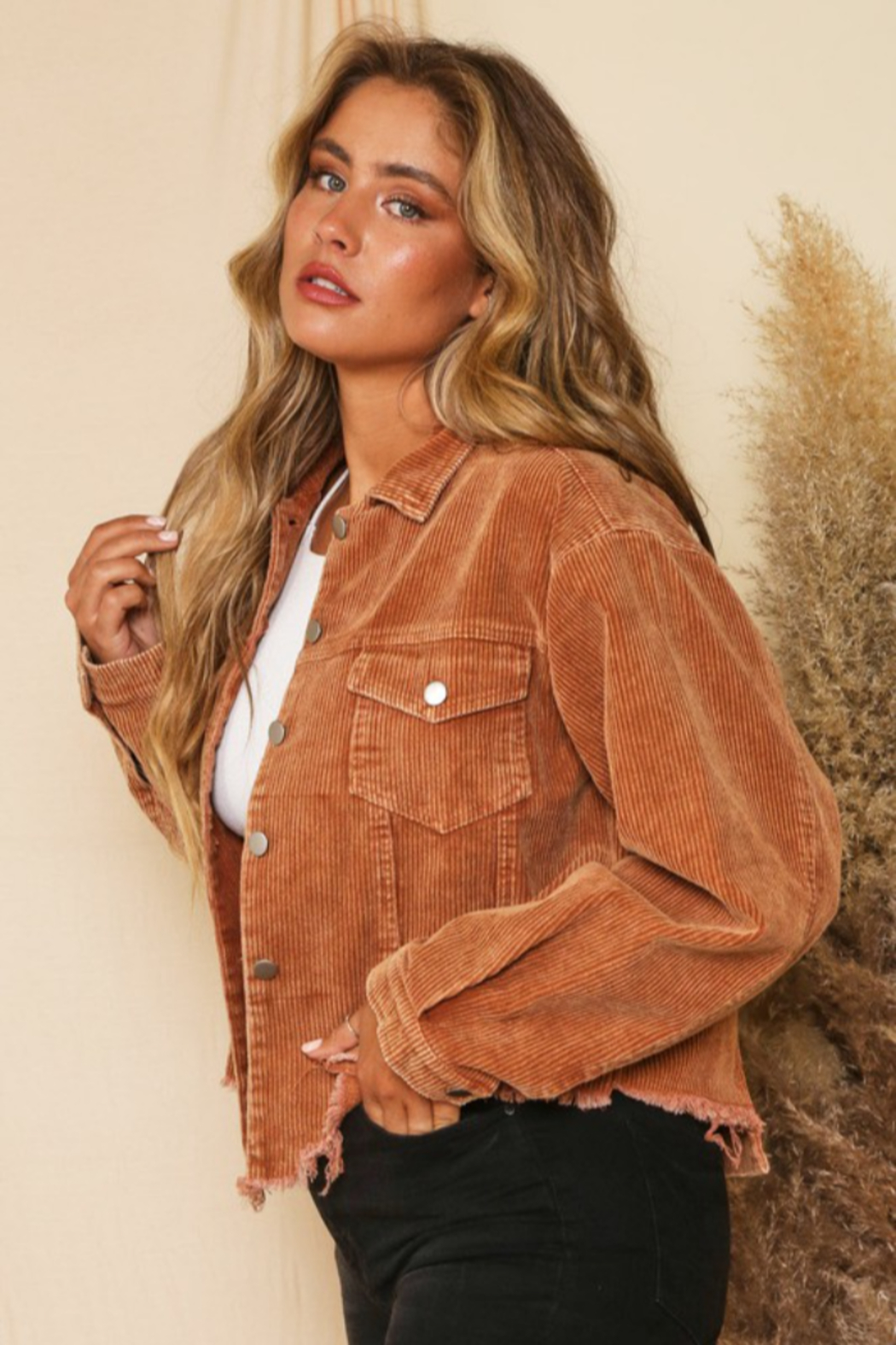 Peach Love California Cord Crop Distressed Jkt - Side Cropped Image