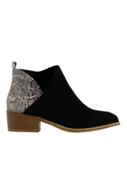Corkys  Port Boot - Side cropped