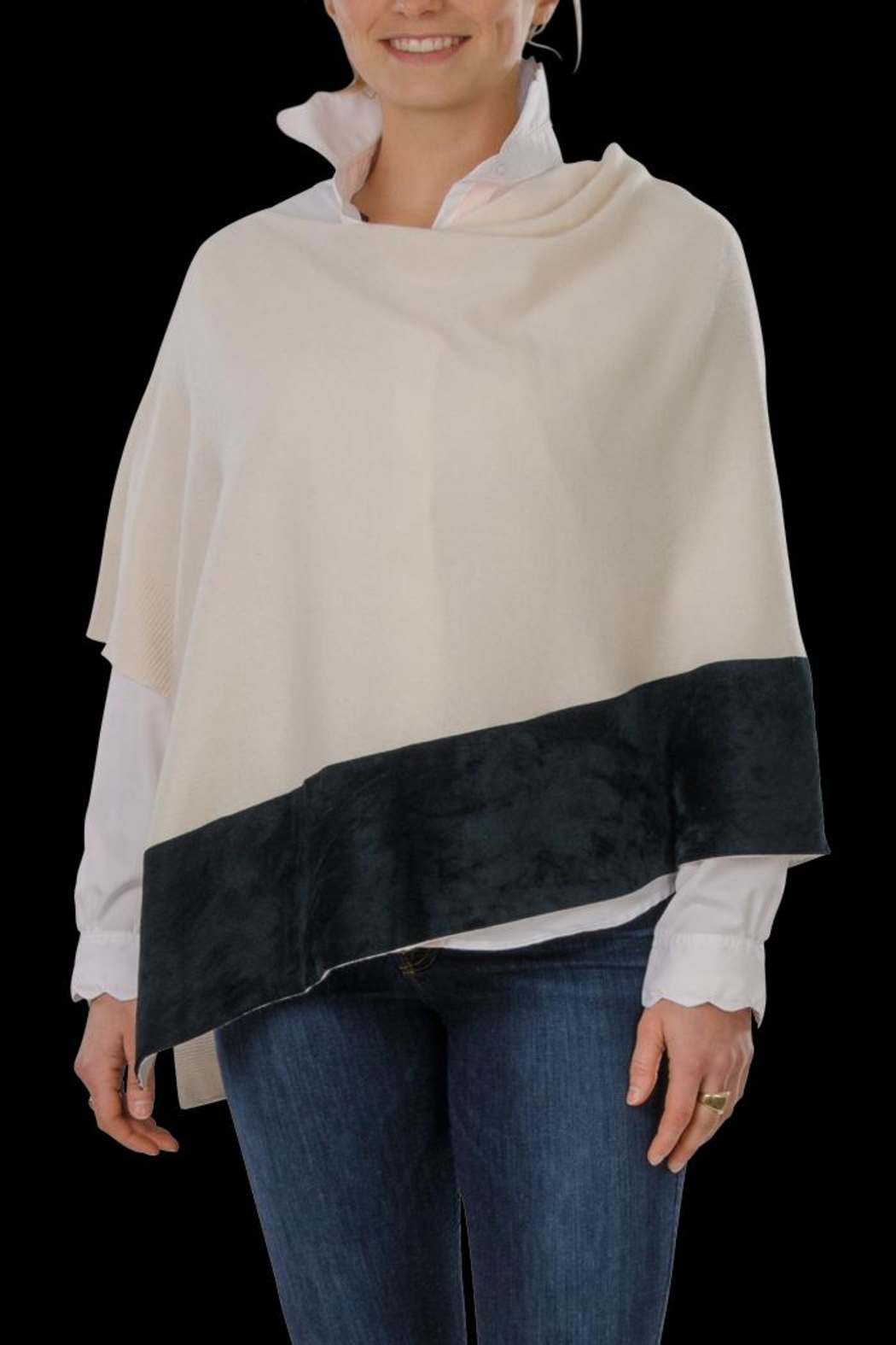 Cortland Park Cashmere Ali Cashmere Poncho - Front Cropped Image