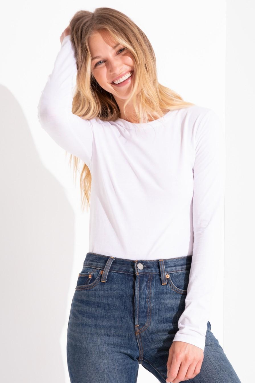 z supply Cotton Fitted Crew - Back Cropped Image