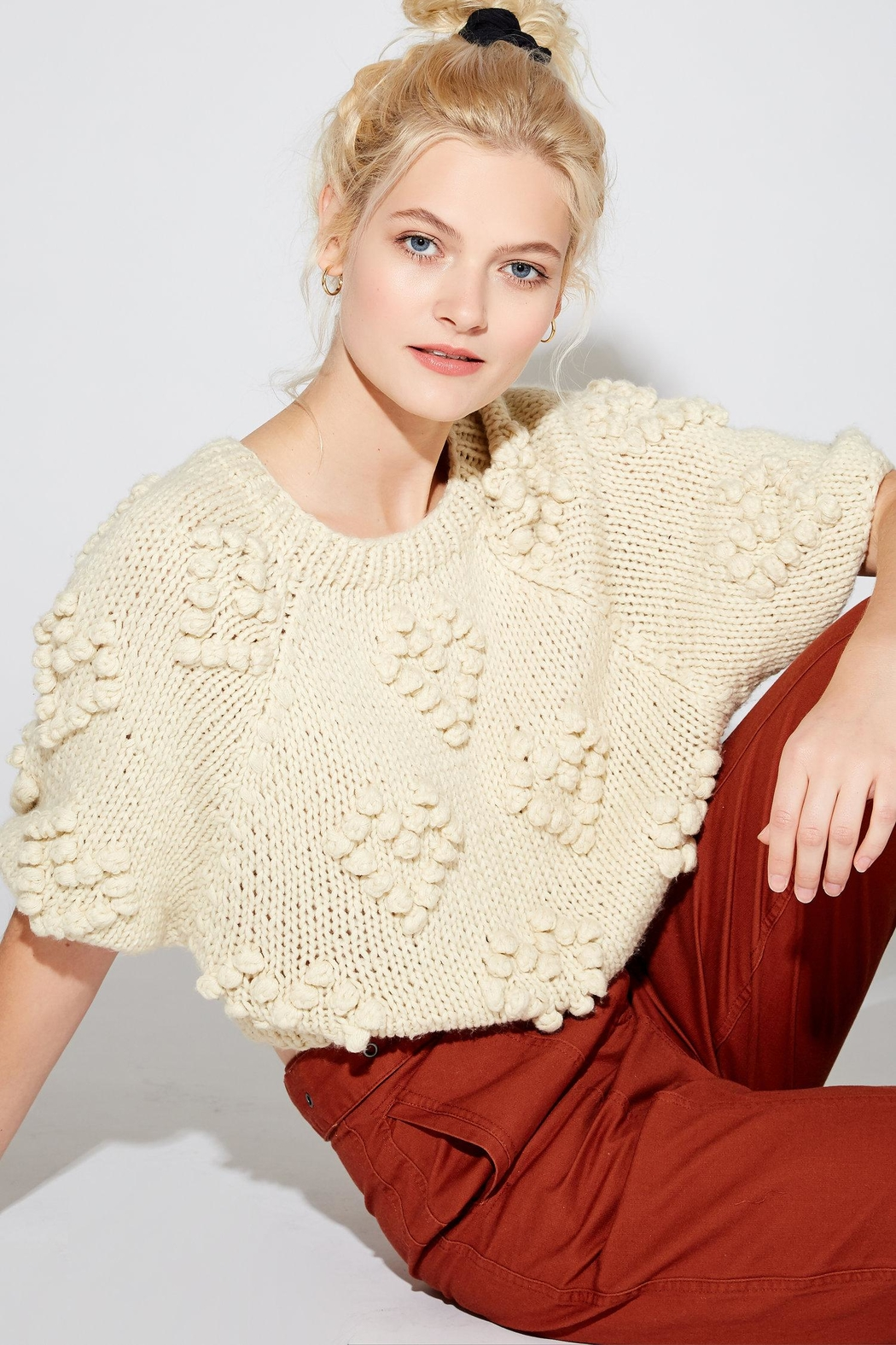 Callahan Couer Cropped Sweater - Side Cropped Image