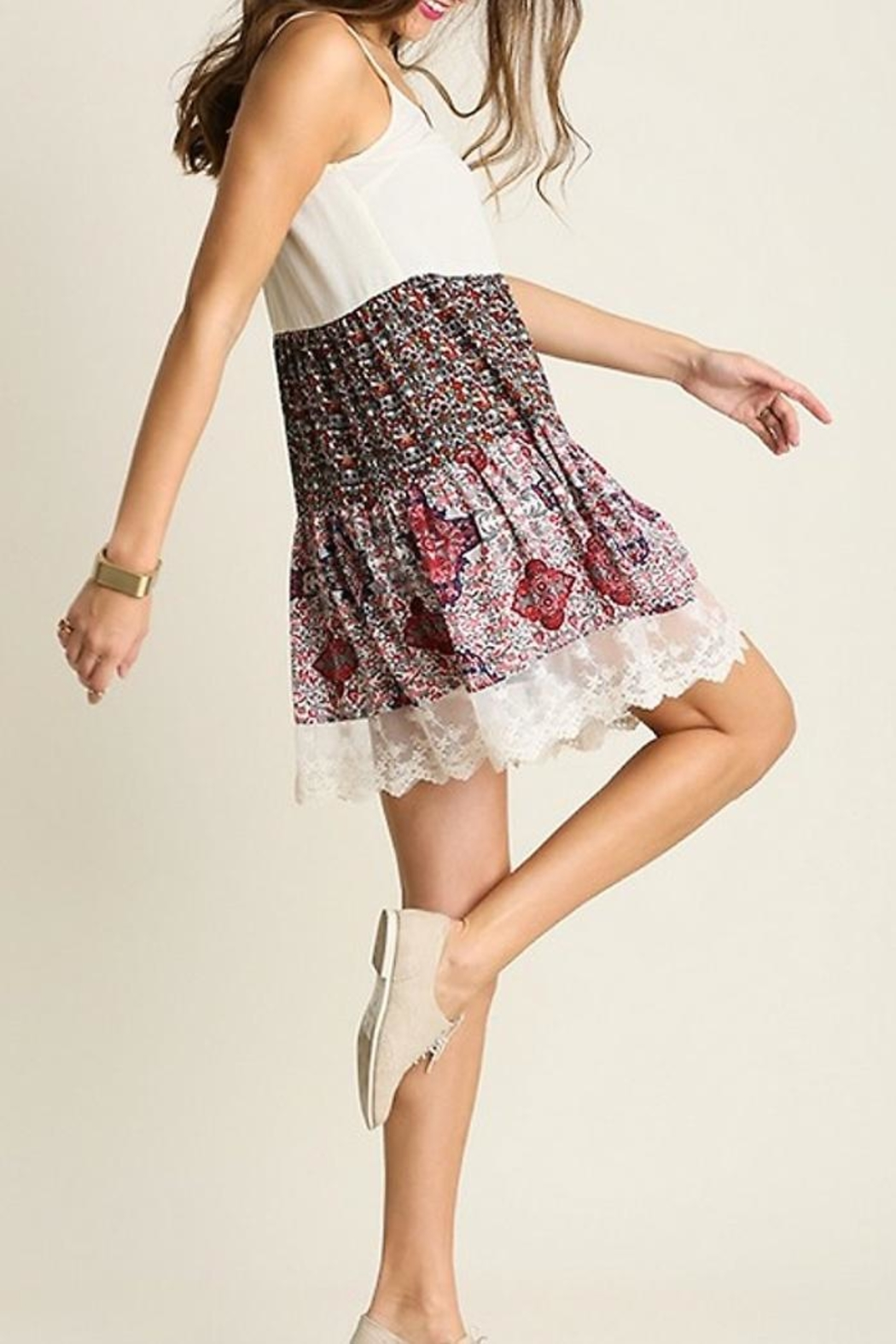 People Outfitter Country Print Dresses - Back Cropped Image
