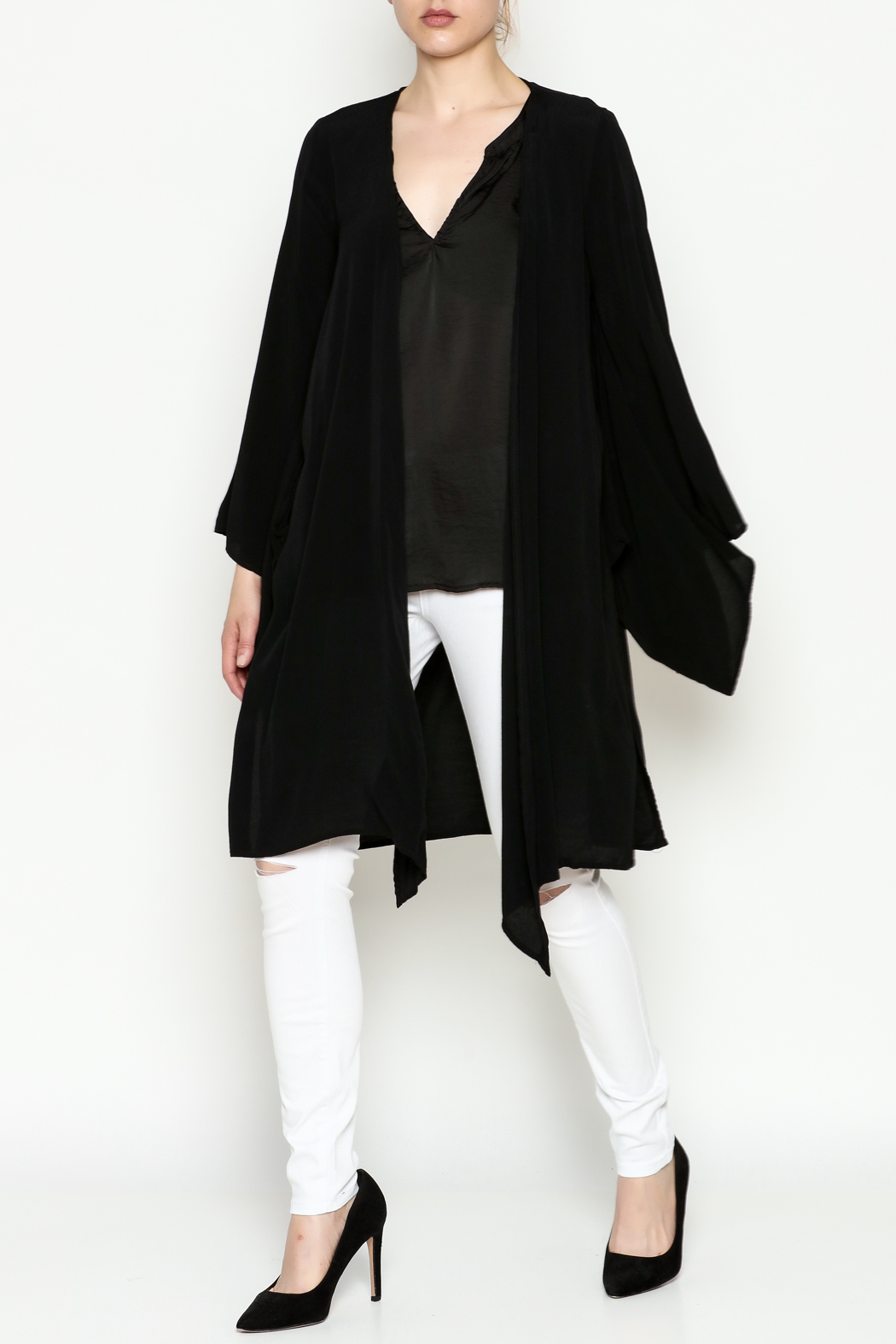 Cousin Earl Black Bell Sleeve Kimono - Side Cropped Image