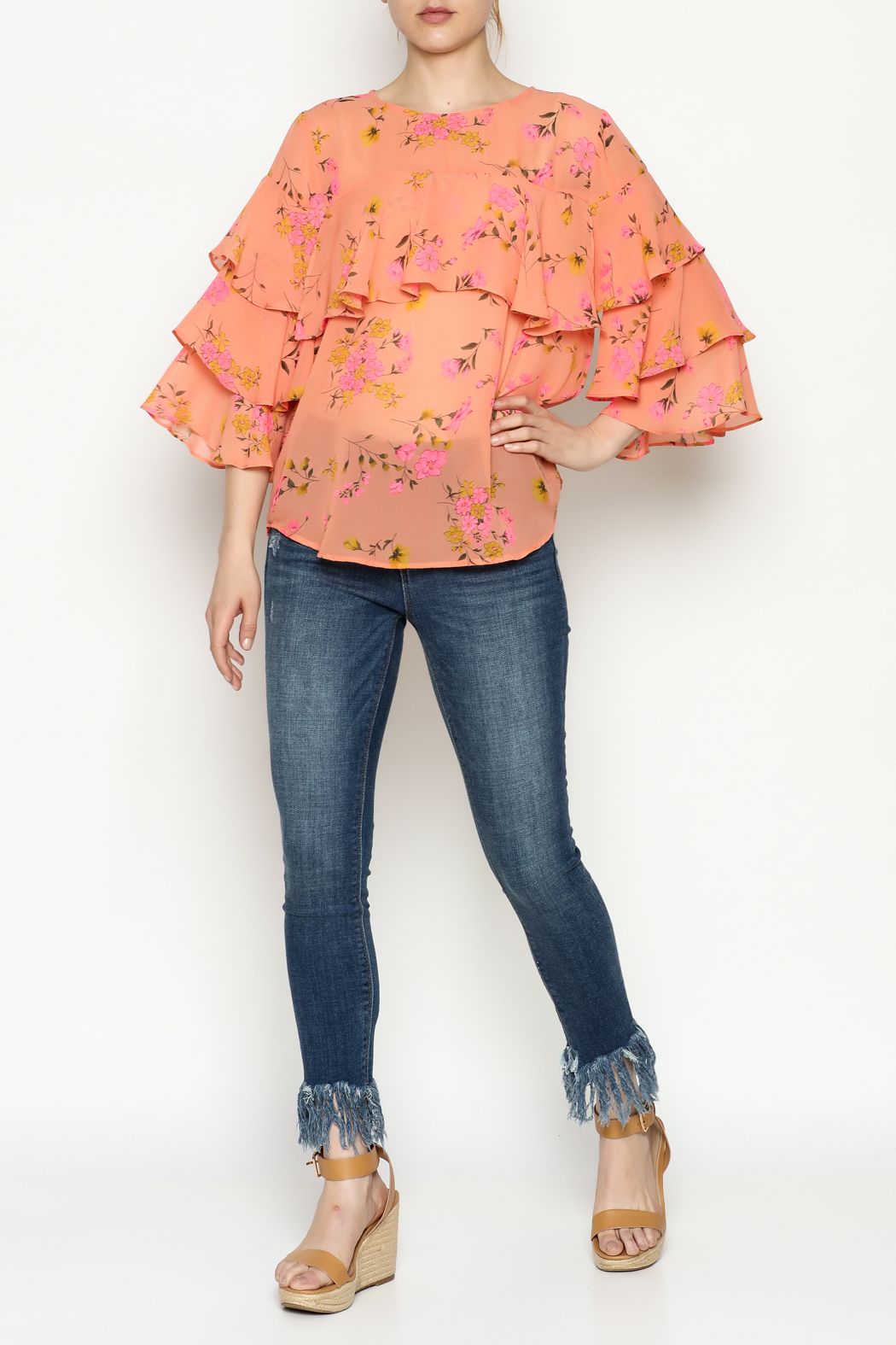 Cousin Earl Peach Floral Top - Side Cropped Image