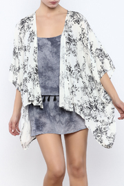 Coveted Clothing Floral Kimono - Front cropped