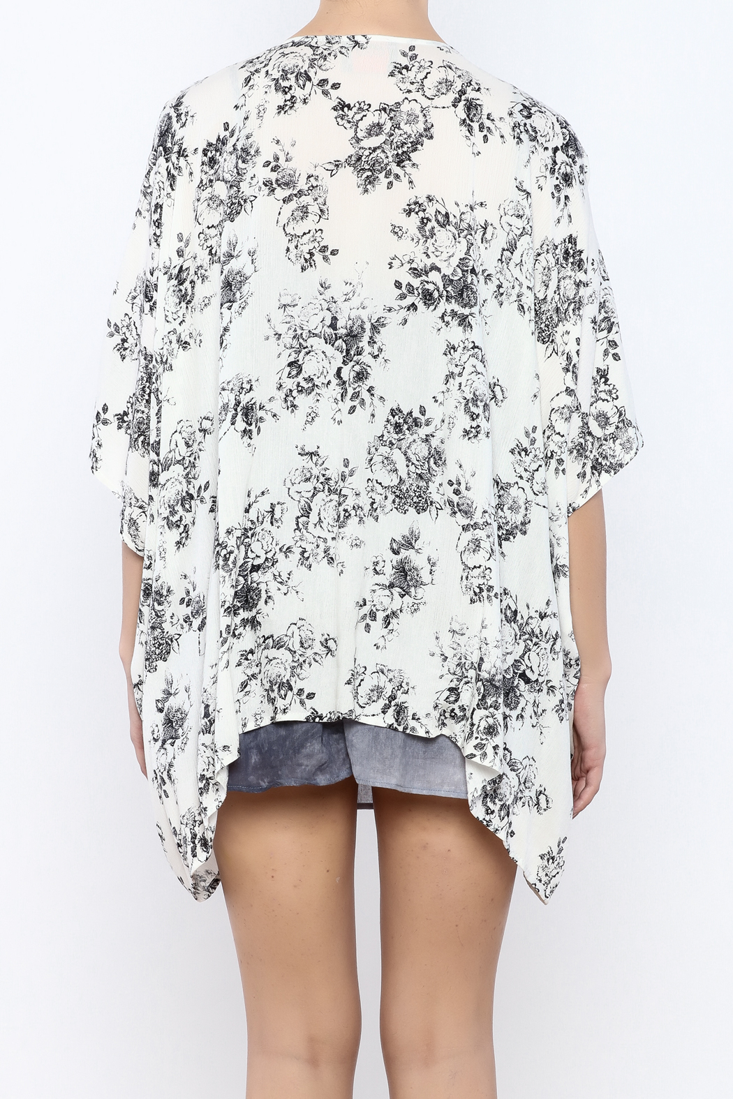 Coveted Clothing Floral Kimono - Back Cropped Image