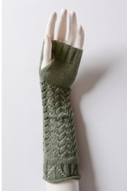 Leto cozy arm warmers - Front full body