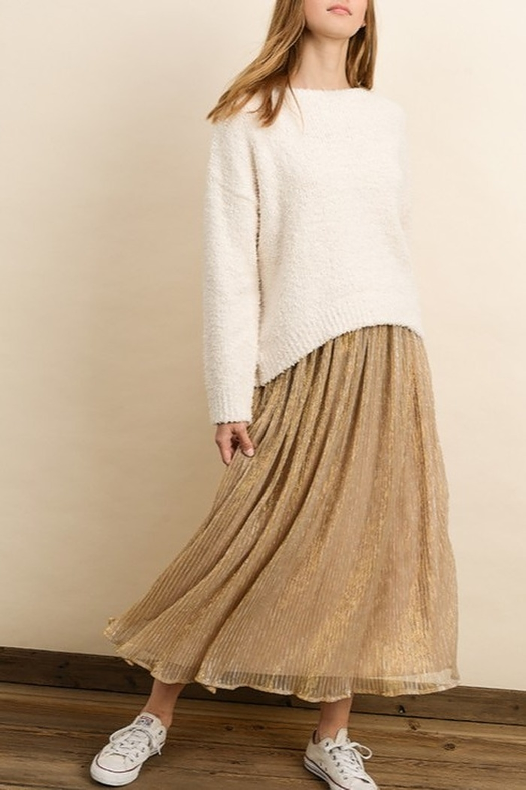 Dress Forum  Cozy Pullover Sweater - Side Cropped Image