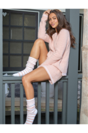 Barefoot Dreams COZYCHIC 3-PIECE LOUNGE SET - PEACH - Front cropped