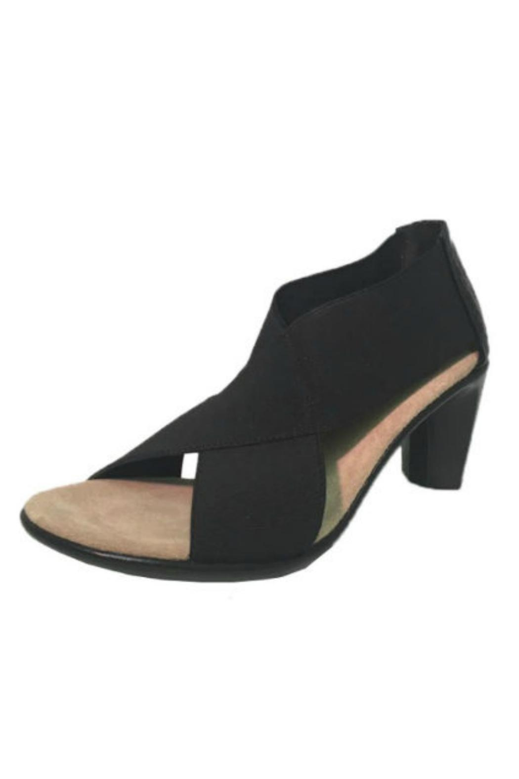 CHARLESTON Crawford Cross Heel - Main Image