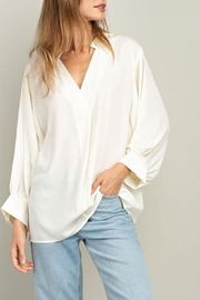 Mittoshop Cream Collar V-Neck-Top - Product Mini Image