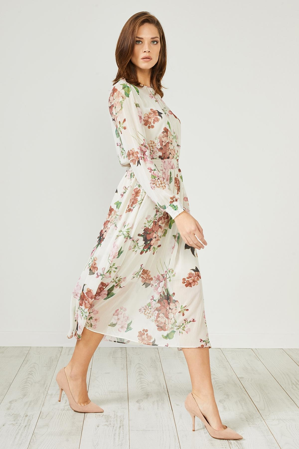 Urban Touch Cream Floral  Dress - Side Cropped Image