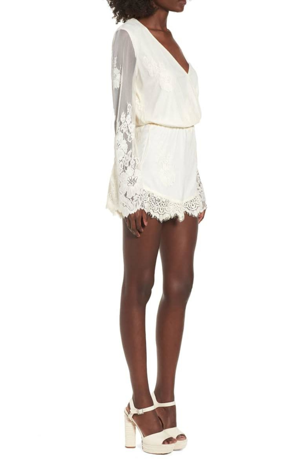 Show Me Your Mumu Cream Lace Romper - Side Cropped Image