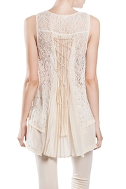 The Vintage Valet Cream Lace Top - Product Mini Image