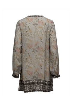 Cream Pipa Tunic - Alternate List Image