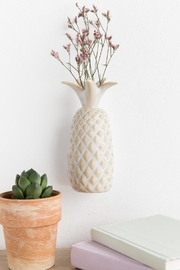 Creative Co-Op Pineapple Wall Vase - Front cropped