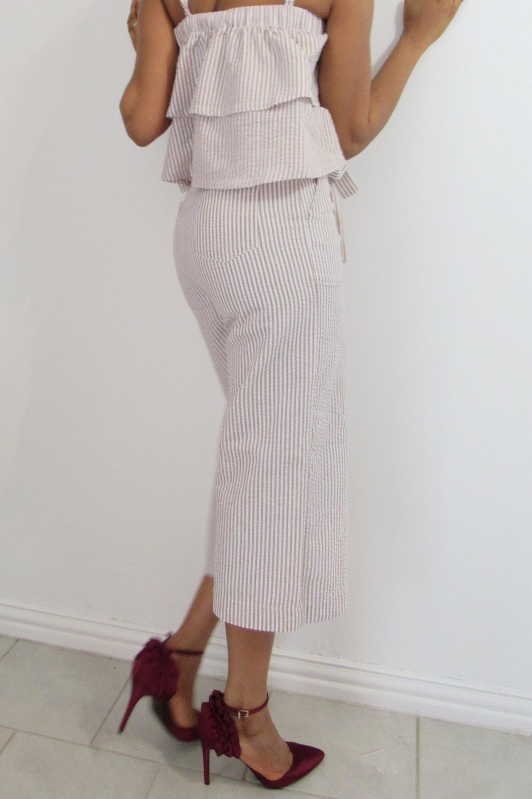 MODChic Couture Crepe Bucket Crops - Side Cropped Image