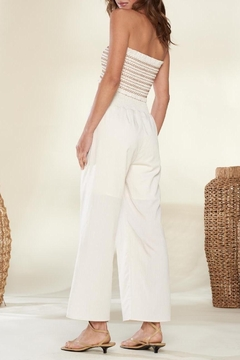 crescent Everyday Vacay Chic Two Piece Set In Ivory - Alternate List Image