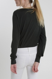 Thread+Onion Crew Neck Knit - Side cropped