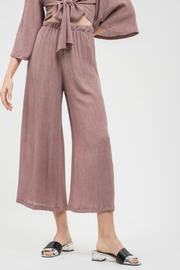 Blu Pepper Crinkle Fabric Relaxed Pant - Product Mini Image