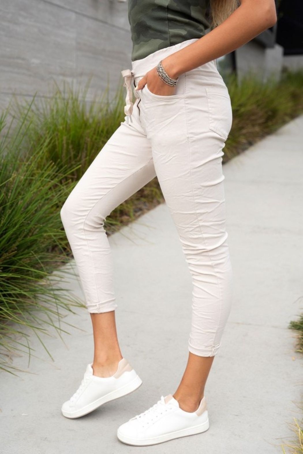 Venti 6 Crinkle Joggers - Front Full Image