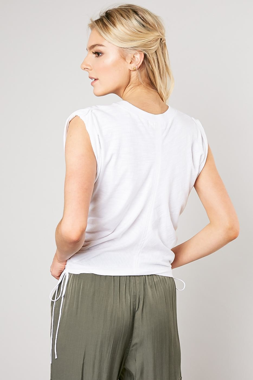 Mustard Seed Crinkled Twist Tee - Side Cropped Image