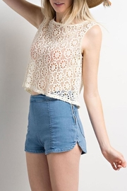 Compendium boutique Crochet Crop Top - Front full body
