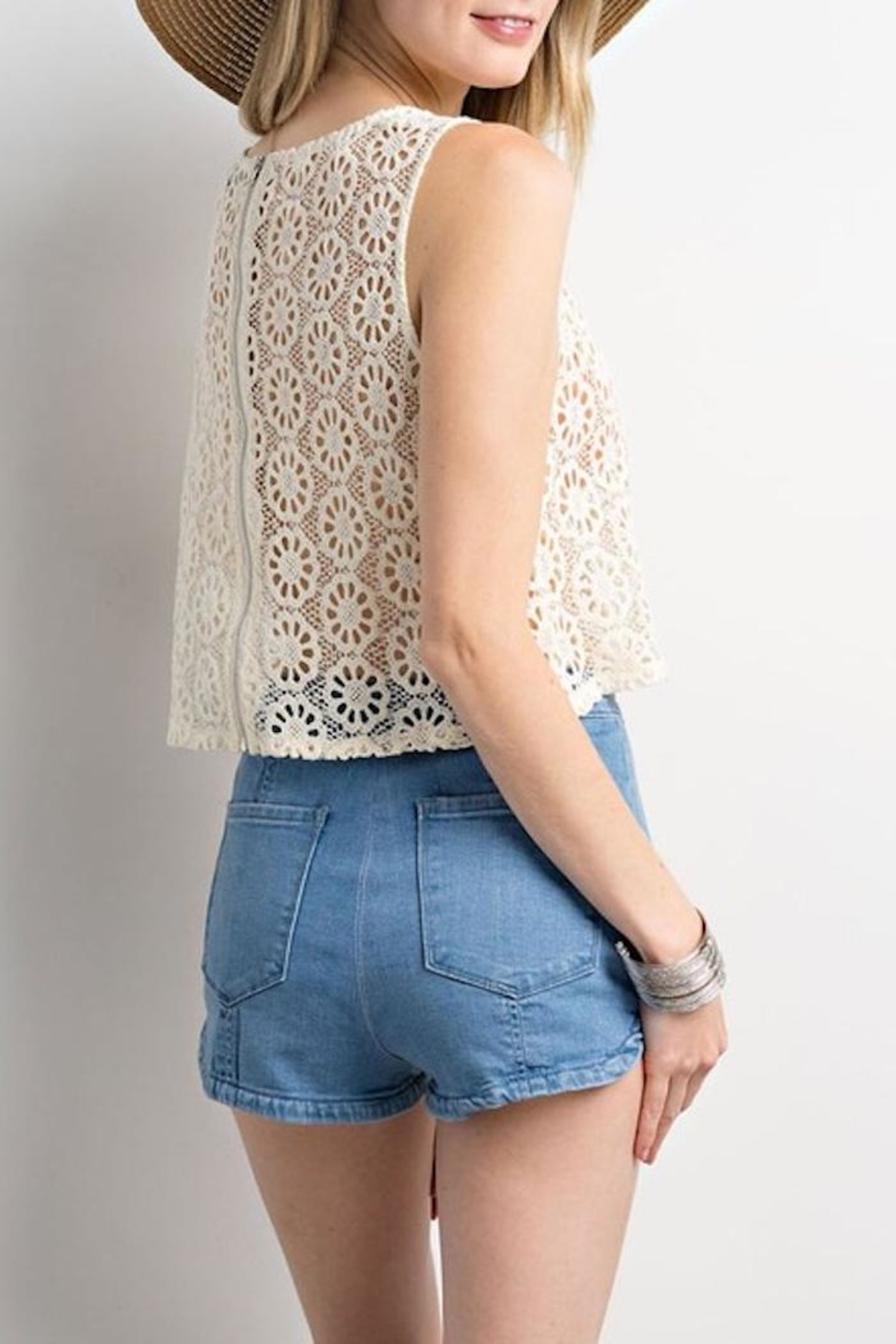 Compendium boutique Crochet Crop Top - Side Cropped Image