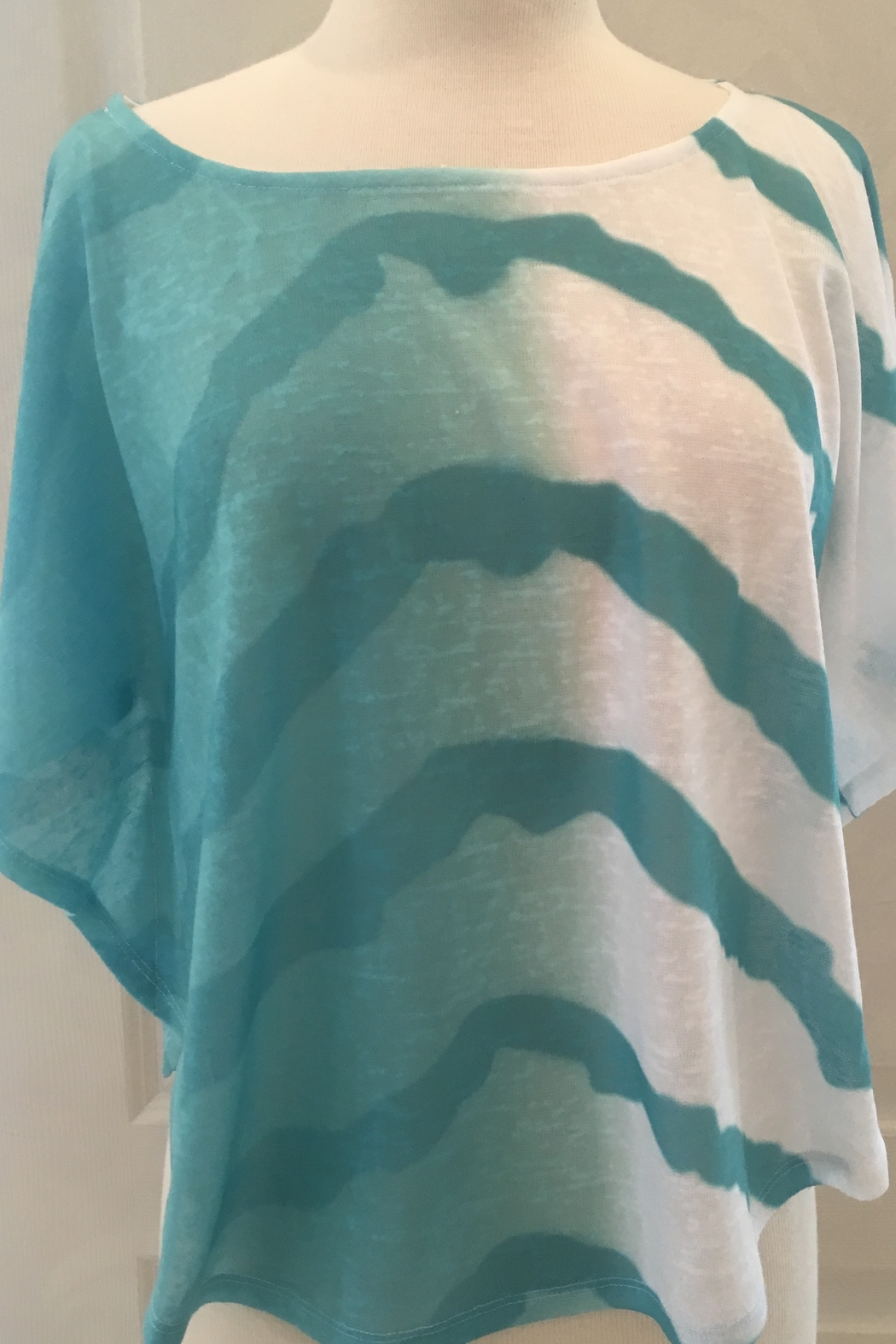 Marble Crop Tie-dye top with shell - Main Image