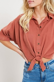 Wishlist Cropped Camp Shirt - Front full body