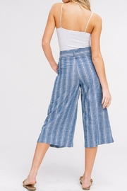 Listicle Cropped Culottes - Side cropped
