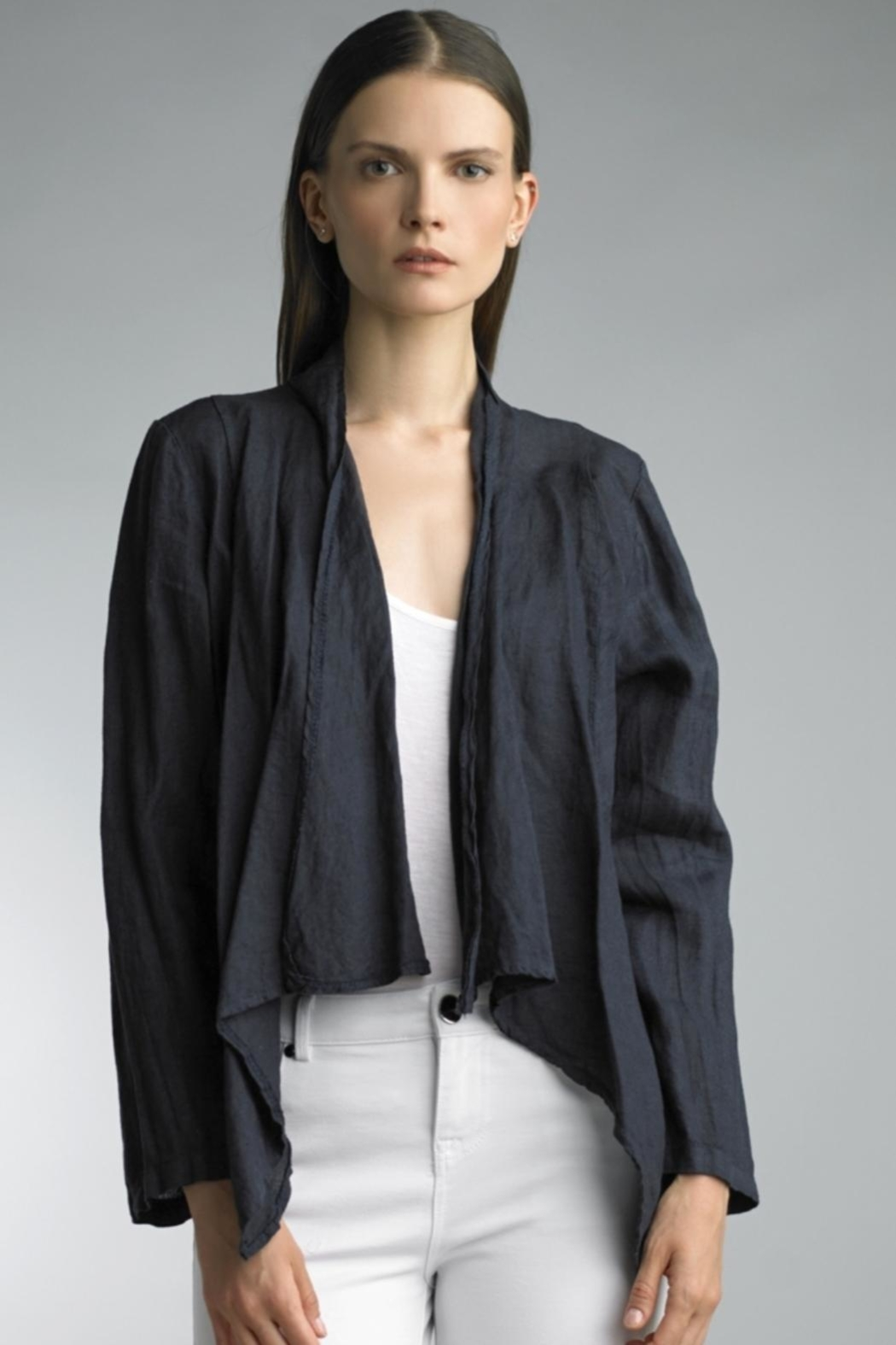 Tempo Paris Cropped Linen Jacket - Front Cropped Image