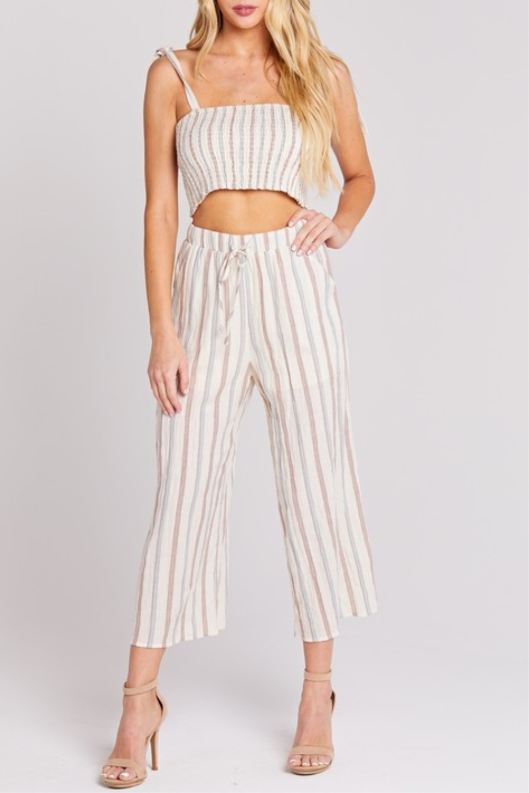 blue blush Cropped Linen Pant - Front Cropped Image