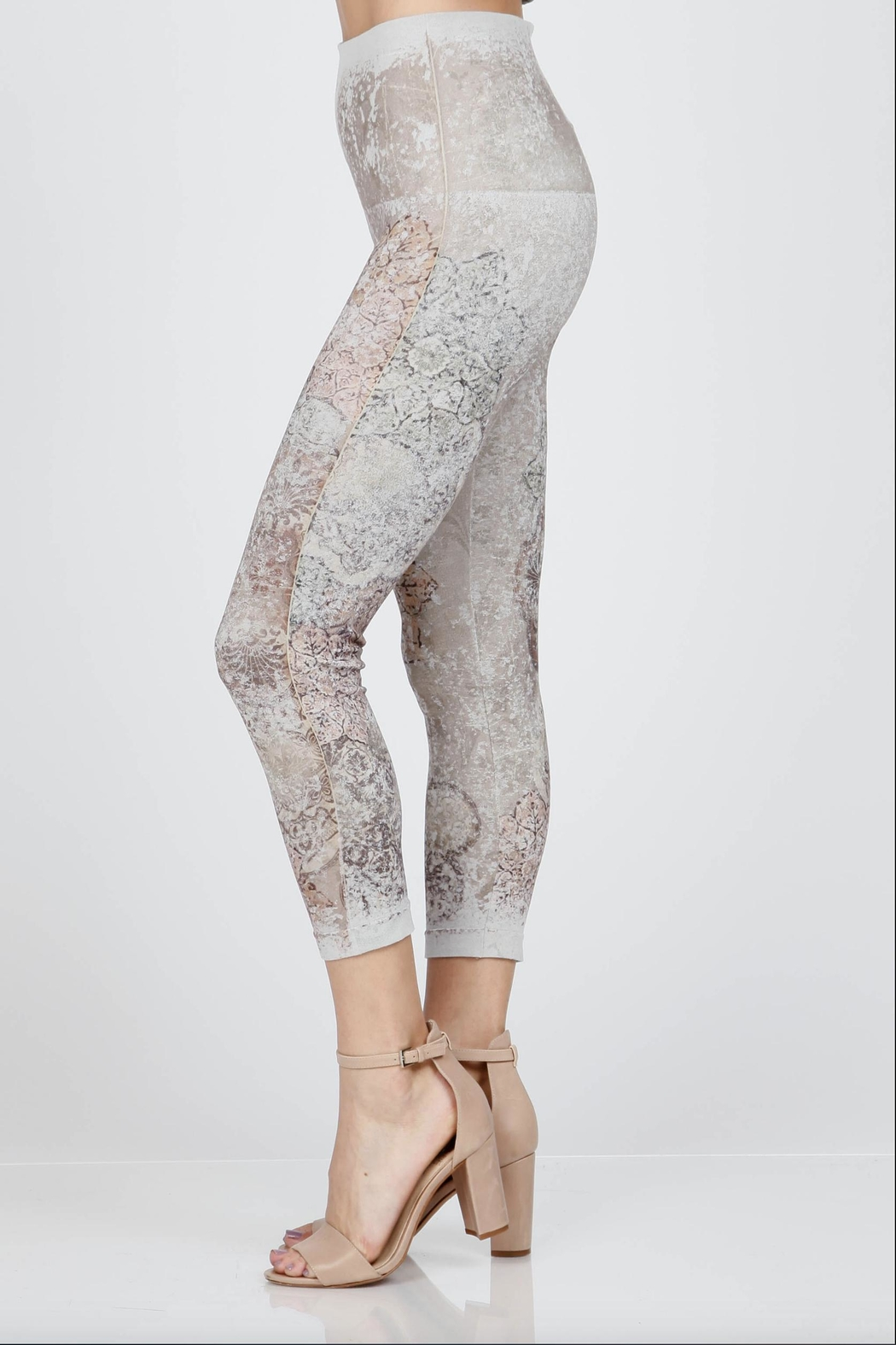 M. Rena Cropped Printed Leggings - Front Full Image