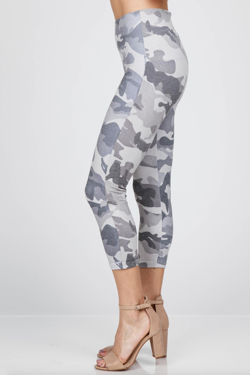 M. Rena Cropped Printed Leggings - Side Cropped Image