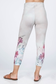 M. Rena Cropped Printed Leggings - Side cropped