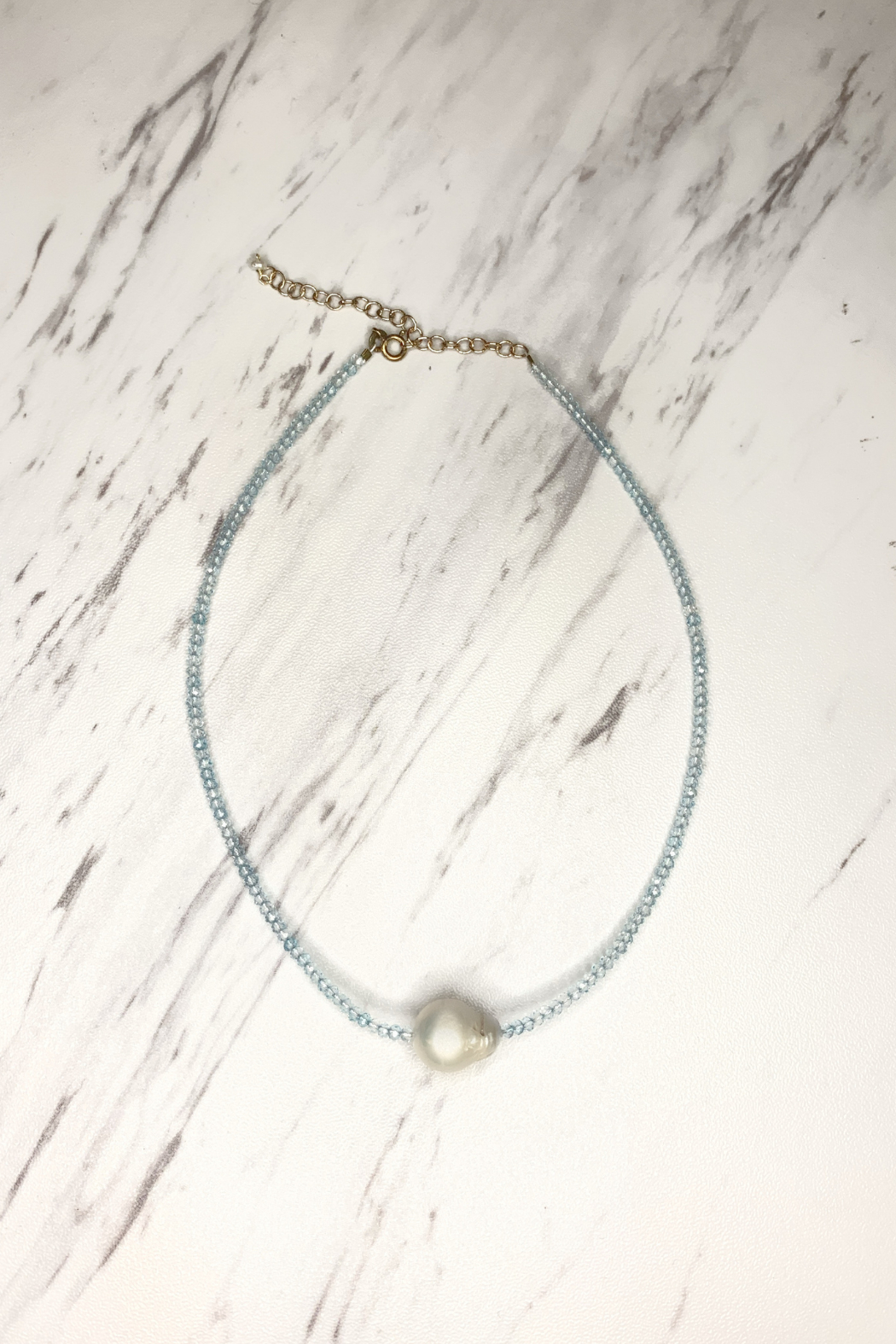 Marlyn Schiff Crystal Choker w Pearl - Front Cropped Image